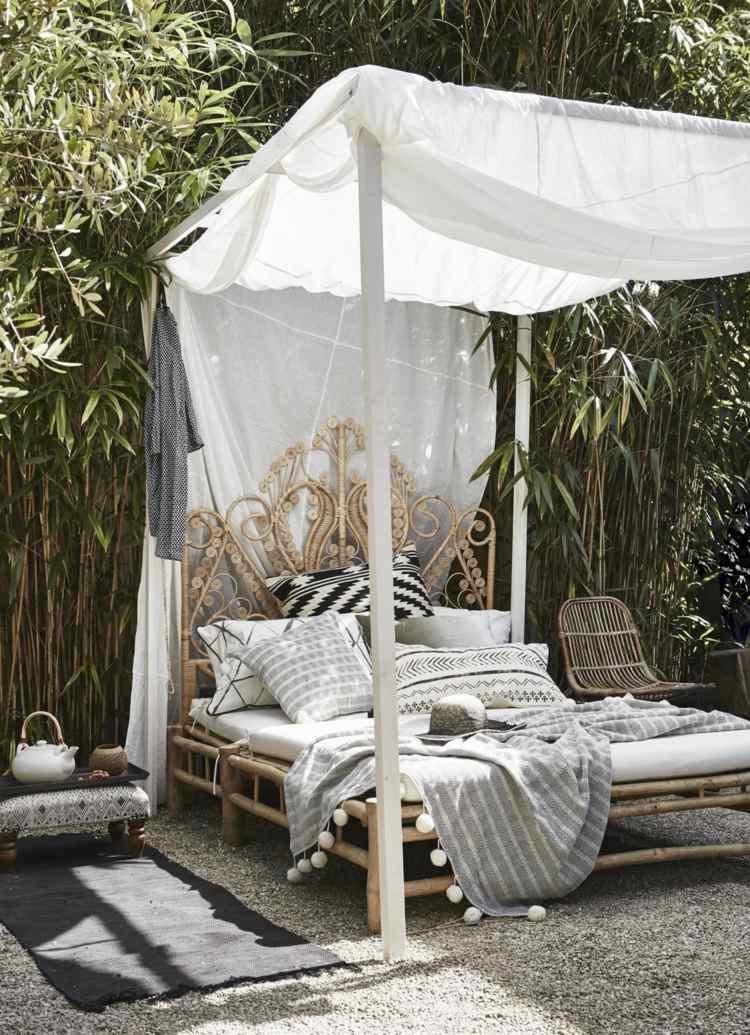 Sky-bed-garden-baldachin-ceiling-bamboo