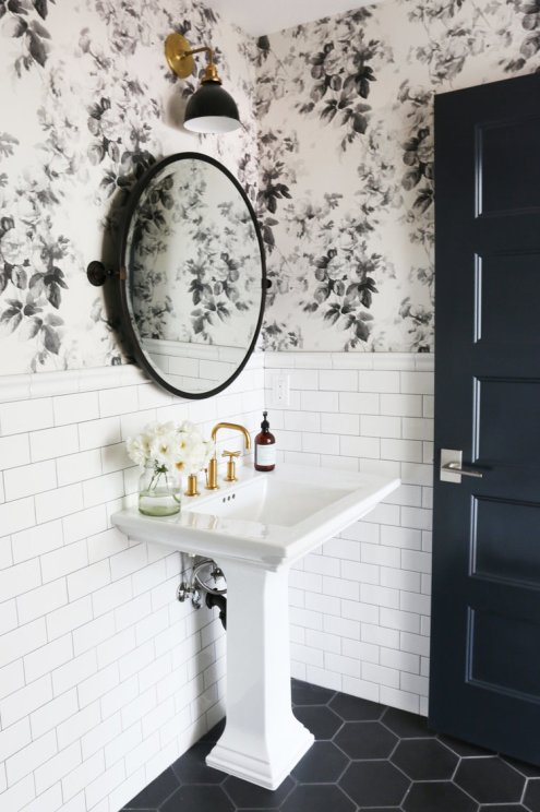 5+TIPS+FOR+A+SMALL+BATHROOM